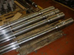 splined mandrels prepared for coating